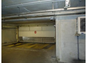 Location de Parking abrité : 6 Rue Nadia Guendouz 93400 Saint-Ouen
