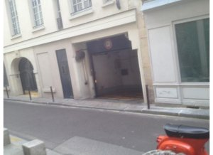 Location de Parking abrité : 6 Rue des Guillemites 75004 Paris