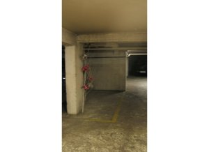 Location de Parking abrité : 52 rue de la Folie Mericourt