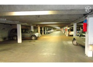 Location de Parking abrité : 2 Rue Vergniaud, Paris, France