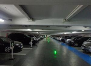 Location de Parking abrité : 8 Avenue Bertie Albrecht, 75008 Paris