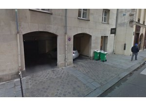 Location de Parking abrité : 20 Rue Saint-Gilles, Paris, France