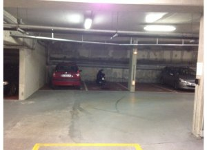 Location de Parking abrité : 17 Rue Stendhal, Paris, France