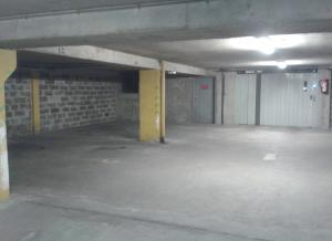 Location de Parking abrité : 1 Place de la Bastille, 75011, France