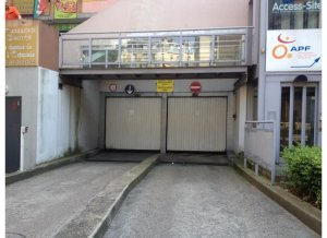 Location de Parking abrité : 11 Place de Rungis, 75013 Paris-13E-Arrondissement, France