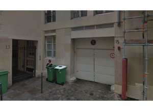 Location de Box / Garage : 13 Rue Geoffroy l'Angevin, Paris, France