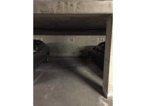 Location de Parking abrité : 8 Rue Richelieu, 69100 Villeurbanne, France