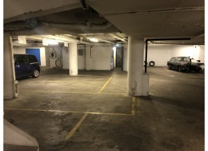 Location de Parking abrité : 7 Rue Beaujon, 75008 Paris, France